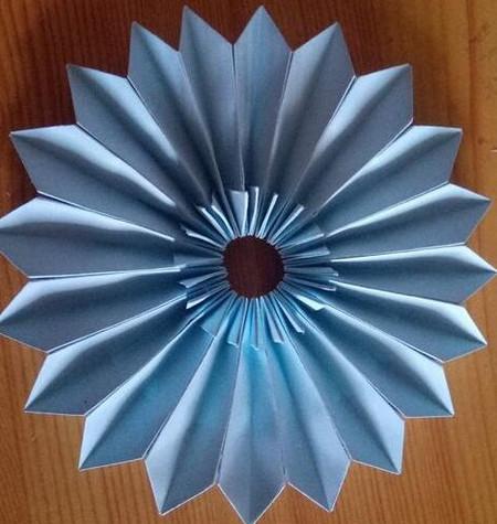 儿童手工折纸菊花步骤图解 手工折纸-第8张