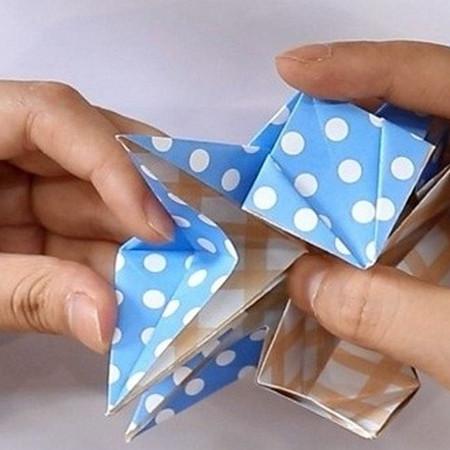 八瓣花手工折纸图解 手工折纸-第9张