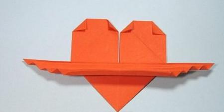 带翅膀爱心的折法图解 手工折纸-第15张