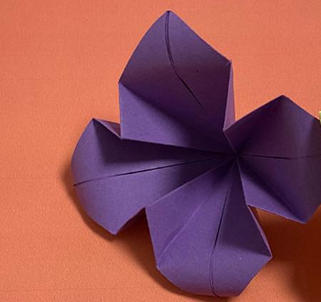 牵牛花折纸步骤图解法 手工折纸-第1张