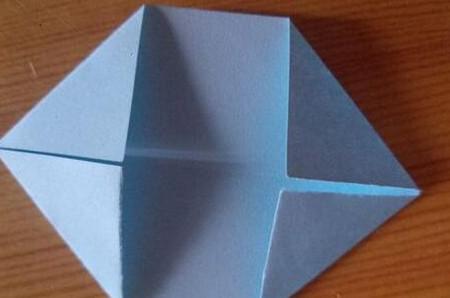 儿童手工折纸菊花步骤图解 手工折纸-第3张