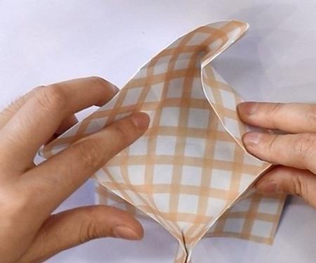 八瓣花手工折纸图解 手工折纸-第7张