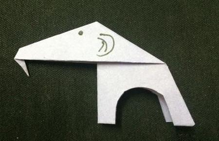 折纸大象的折法步骤 手工折纸-第1张