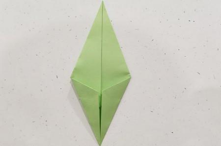 郁金香手工折步骤图解 手工折纸-第16张