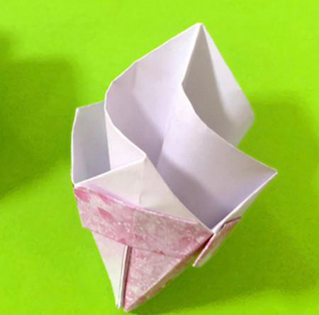 冰淇淋折纸步骤图解法 手工折纸-第1张