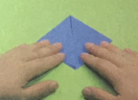 折纸头盔的步骤图解法 手工折纸-第2张