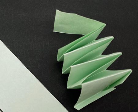 会跳的青蛙手工折纸图解步骤 手工折纸-第2张