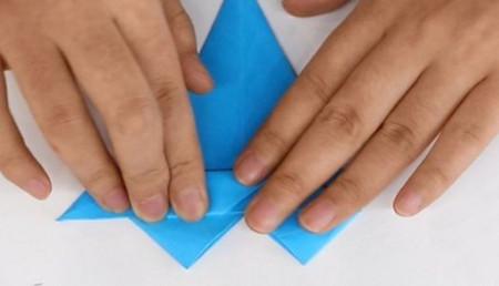 儿童手工折纸汽艇的做法图解教程 手工折纸-第7张