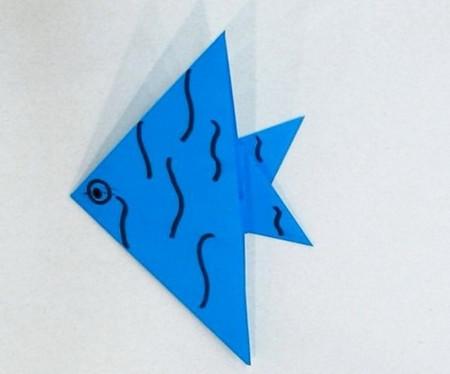 折纸热带鱼步骤图 手工折纸-第1张