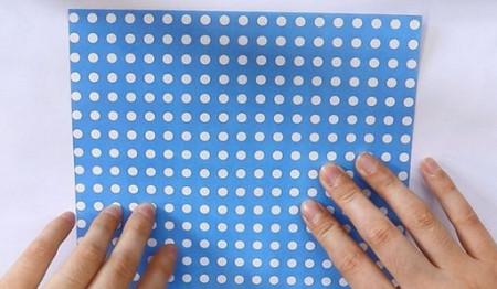 八瓣花手工折纸步骤图解法 手工折纸-第2张