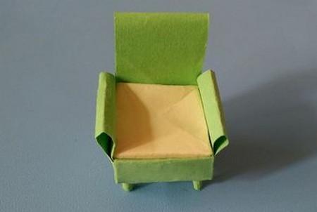 小椅子折纸步骤图解 手工折纸-第1张
