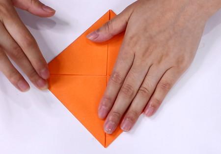 手工折纸飞机的步骤图解 手工折纸-第4张