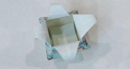 花瓶折纸步骤图解 手工折纸-第1张