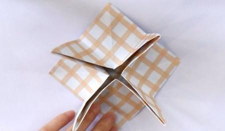 八瓣花手工折纸步骤图解法 手工折纸-第8张