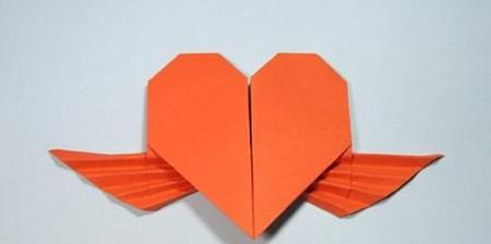 带翅膀爱心的折法图解 手工折纸-第17张