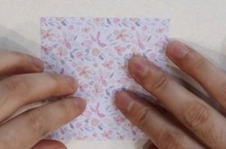 五瓣花折纸教程图解 手工折纸-第2张