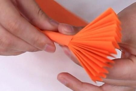伸缩扇子的折法图解 手工折纸-第12张